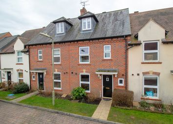 Farriers Close, Church Crookham, Fleet GU52. 3 bed town house for sale
