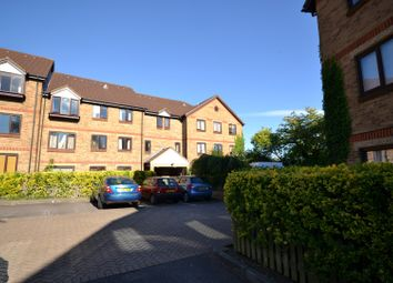 Thumbnail 1 bed flat to rent in Deanery Close, East Finchley