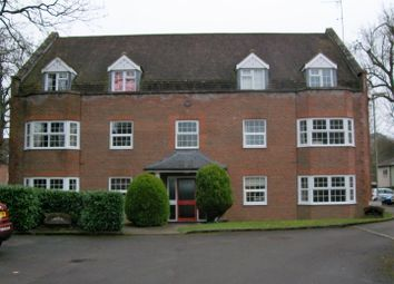 Thumbnail 2 bedroom flat for sale in York Mews, Alton