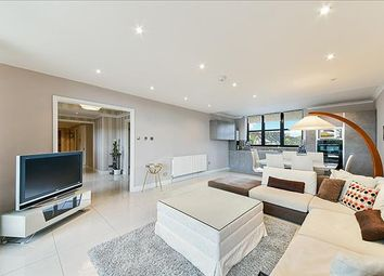 Thumbnail 2 bed flat to rent in Waterside Point, Anhalt Road, London
