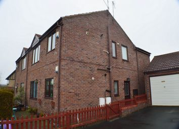Thumbnail 2 bed flat to rent in Benfieldside Road, Consett