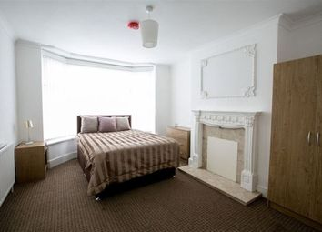 Thumbnail Room to rent in Biggin Hall Crescent, Coventry