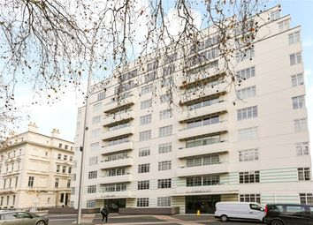 Thumbnail 4 bed flat to rent in Princes Gate, London