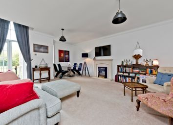 2 bed flat for sale in Sandy Mead, Epsom KT19