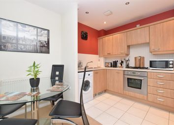 Thumbnail 1 bed flat for sale in Sunlight Gardens, Fareham, Hampshire