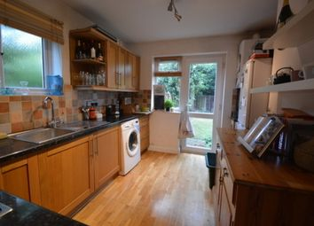 2 bed maisonette to rent in Villiers Avenue, Surbiton KT5