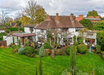 Fitzalan Road, Claygate, Esher KT10. 4 bed detached house for sale