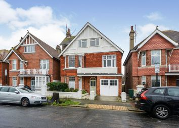 Carlisle Road, Hove BN3. 2 bed flat for sale