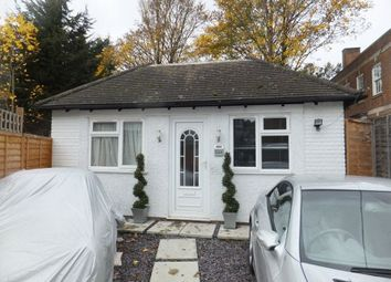 Thumbnail 2 bed bungalow to rent in Brighton Road, Purley