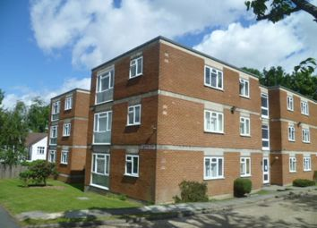 Thumbnail 1 bed flat to rent in Downs Road, Sutton