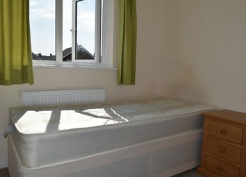 Thumbnail 4 bedroom shared accommodation to rent in Greystoke Road, Cambridge