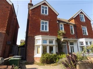 Thumbnail 4 bed property to rent in Vicarage Drive, Eastbourne
