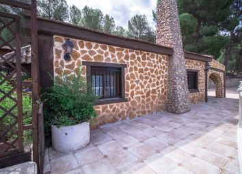 Thumbnail 4 bed villa for sale in Petrer, Alicante, Spain