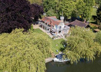 River Cottage, Riversdale, Bourne End, Buckinghamshire SL8. 4 bed detached house for sale