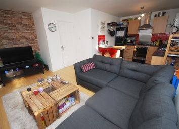Thumbnail 2 bedroom flat to rent in Dale Road, Purley
