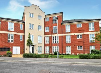 Stroudley House, Cambrian Way, Worthing BN13. 2 bed flat for sale