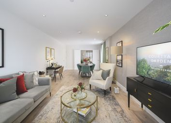 2 bed flat for sale in Courtyard Gardens, Oxted, Surrey RH8