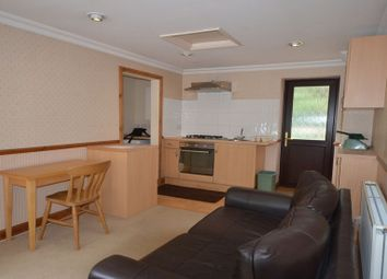 Thumbnail 1 bedroom flat to rent in Highland Avenue, Wokingham