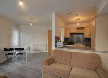 2 bed flat to rent in Chichester Road South, Hulme M15