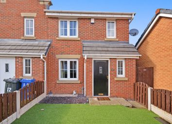 Thumbnail 3 bed town house for sale in 10 Middlepeak Way, Sheffield
