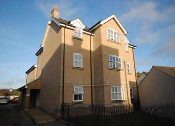 2 bed flat to rent in Alexandra Road, Colchester CO3