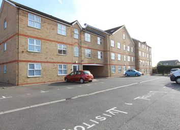 Thumbnail 2 bed flat for sale in Chase Court Gardens, Southend-On-Sea