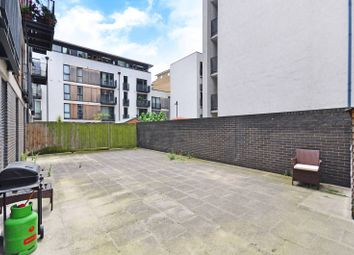 Thumbnail 3 bed flat for sale in City Walk, London Bridge