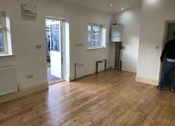 Thumbnail Studio to rent in Ley Street, Seven Kings