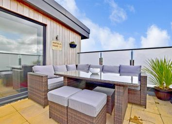 Thumbnail 2 bed flat for sale in Station Close, Horsham, West Sussex