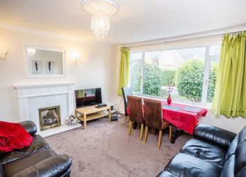 4 bed property to rent in Springwood Hall Gardens, Huddersfield HD1