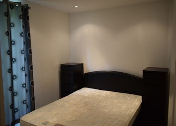 Thumbnail 3 bedroom flat to rent in Aigburth Drive, Liverpool