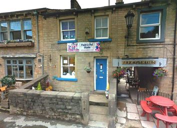 Commercial Property for Sale in Uppermill - Buy in Uppermill