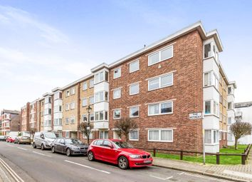 Thumbnail 2 bedroom flat for sale in The Retreat, Southsea