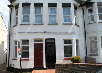 2 bed flat to rent in Fairmead Avenue, Westcliff On Sea, Essex SS0
