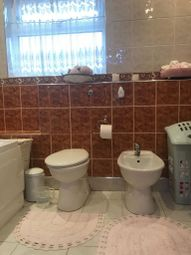 Thumbnail 2 bed property to rent in Connaught Gardens, London
