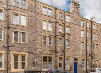Thumbnail 1 bed flat for sale in 17/3 Lochrin Place, Tollcross