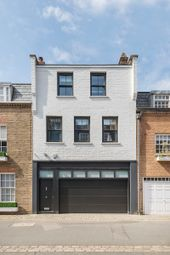 Thumbnail 1 bed mews house for sale in Clabon Mews, Knightsbridge Sw1