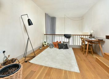 Thumbnail 4 bed flat to rent in Wenlock Street, London