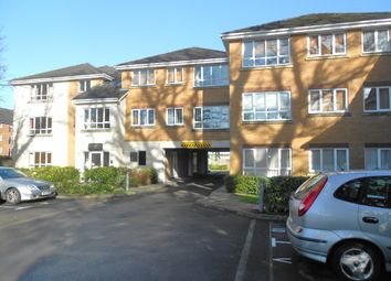 Thumbnail 2 bed flat to rent in North Road, Crawley