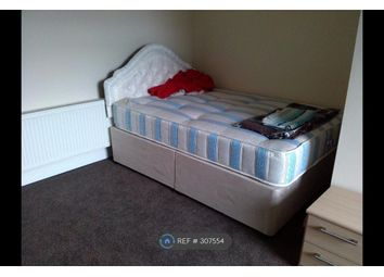 Thumbnail 1 bed flat to rent in Leeds Road, Huddersfield