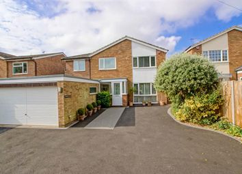 Thumbnail 6 bed property to rent in Stevenage Road, Knebworth