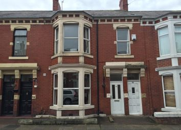 Thumbnail 3 bed flat to rent in Whitefield Terrace, Newcastle Upon Tyne