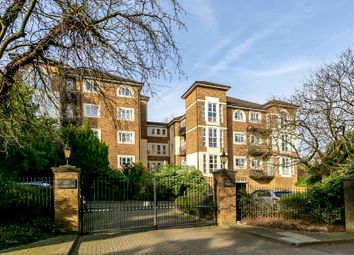 2 bed flat for sale in Queens Road, Richmond TW10