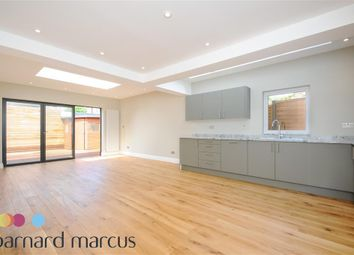 Thumbnail 2 bed flat to rent in Birkbeck Avenue, London