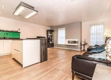 2 bed flat for sale in Woollam Place, Manchester M3