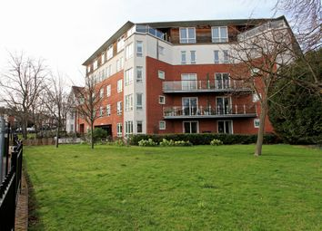 Thumbnail 2 bedroom flat for sale in High Road, South Woodford