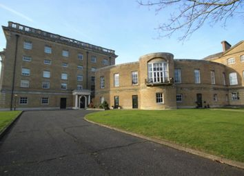 Thumbnail 2 bed flat to rent in Thorndon Park, Ingrave, Brentwood