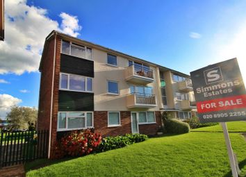 Thumbnail 3 bed flat for sale in Stratfield Road, Borehamwood