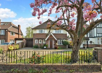 Thumbnail 4 bedroom detached house for sale in Newlands Avenue, Thames Ditton