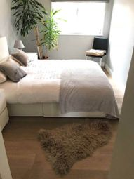 Thumbnail 3 bed flat to rent in Binfield Rd, Lambeth